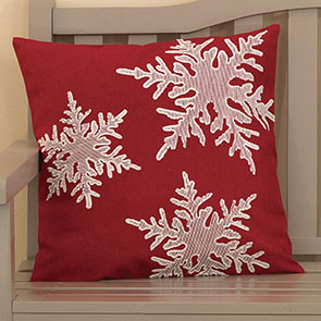 Scattered Snowflakes Pillow Cover, Red